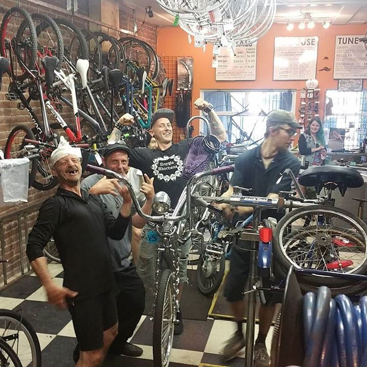 Fun at the bike shop as Jude fixes up a gorgeous lowrider. #lowrider #lowriderbike #bicyclecoop http://ift.tt/2rsUUlY